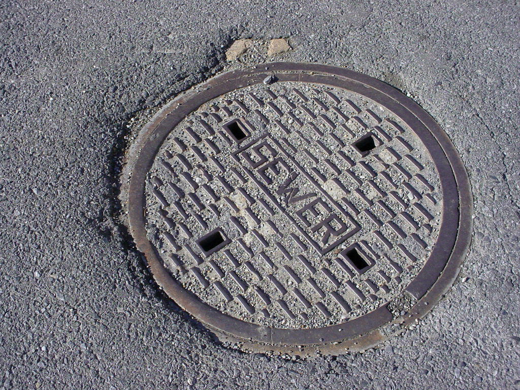 sewer hookup fee How much does it cost to tie into a public sewer the hookup fees to the city sewer can cost a lot because the city or town providing the system needs to get back some of the costs of running sewer lines to your area.
